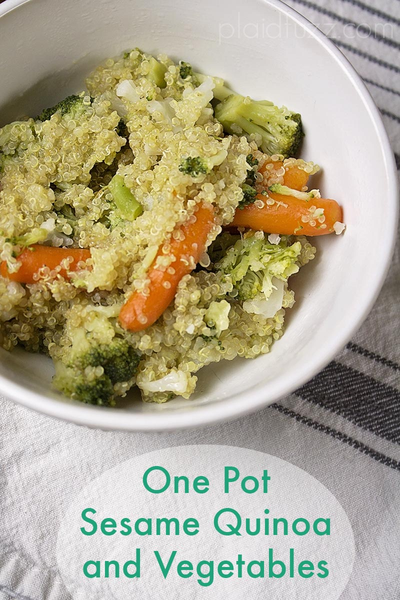 One Pot Sesame Quinoa and Vegetables (In The Rice Cooker!)