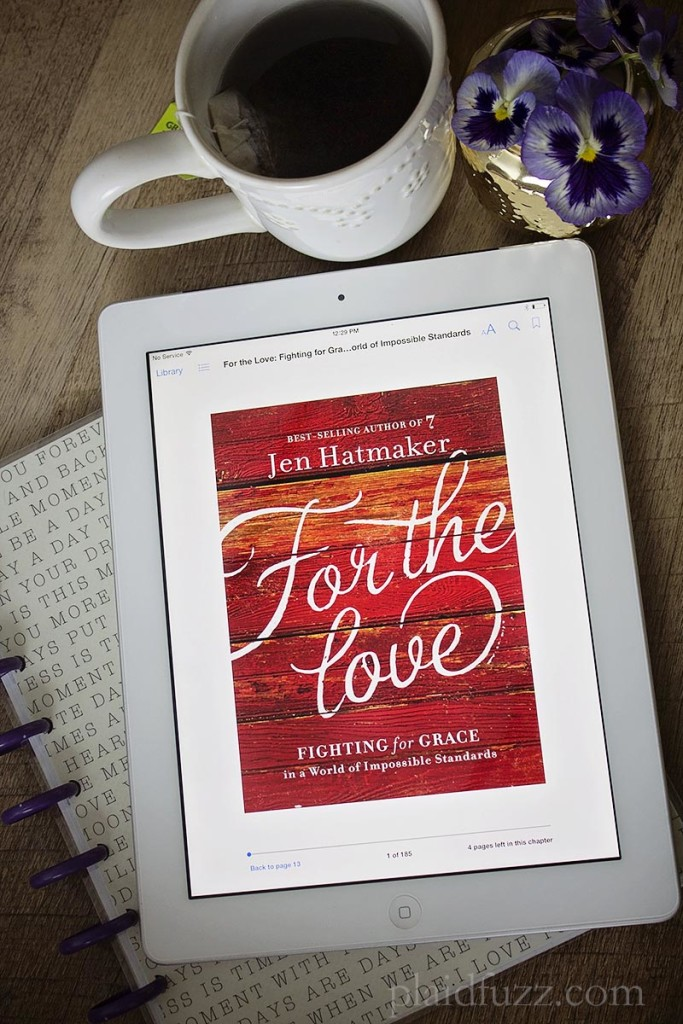 Book-Review-For-The-Love-en-Hatmaker