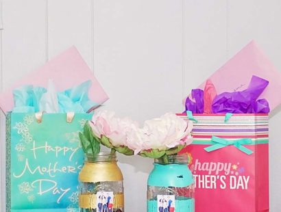 DIY Mason Jar Photo Vase